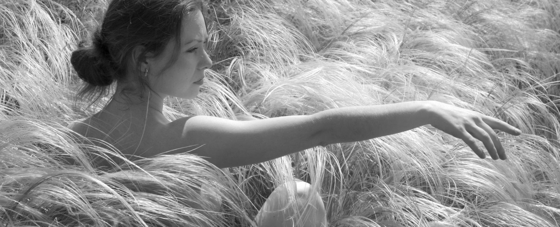 Фотовыставка Михаила Квасова «Девичьи пейзажи»